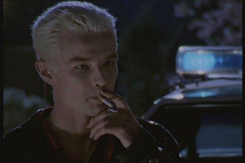 Buffy & Angel –Jäger der Finsternis Zeigen