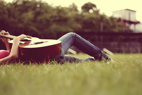 Cute gitar Pic :)