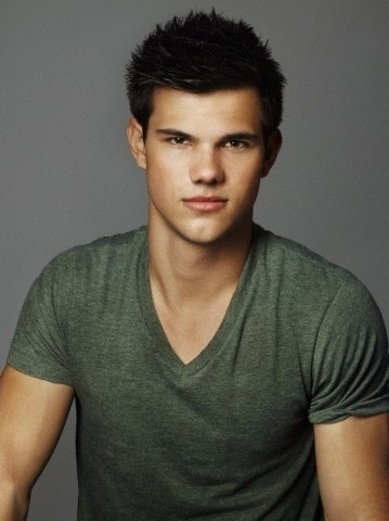 Taylor Lautner fond d'écran probably containing a portrait titled James White for Entertainment Weekly, 2010