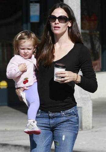 Jen & Seraphina out and about 9/24/10