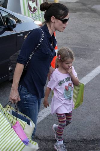 Jen & violet out and about 9/24/10