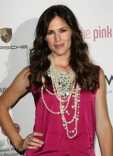 Jen at the 6th Annual rosa, -de-rosa Party!