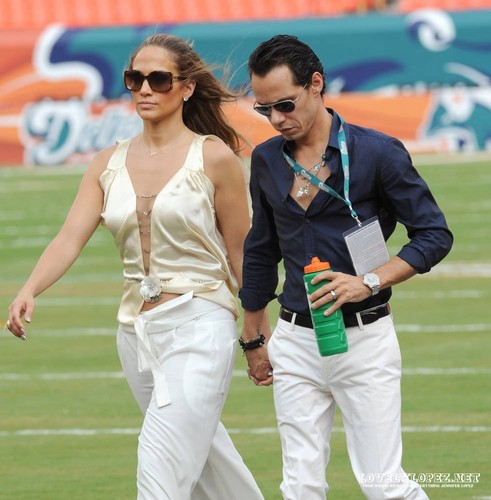 Jennifer @ the Miami Dolphins vs. New York Jets