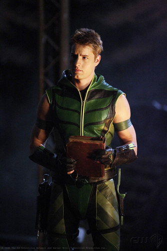 Justin Hartley wallpaper entitled Justin <3333333