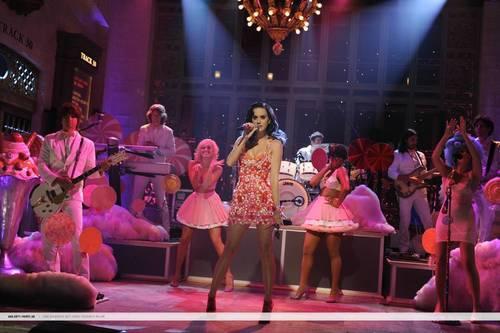 Katy Perry Saturday Night Live