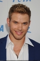 Kellan Lutz Honored At PETA's 30th Anniversary Gala & Humanitarian Awards! - twilight-series photo
