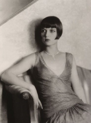 Louise Brooks দেওয়ালপত্র containing sunglasses called LB <3