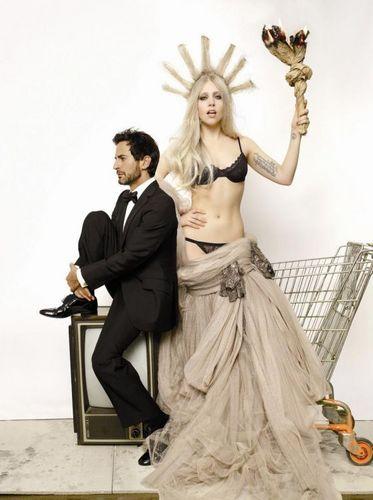 Lady GaGa door Mario Testino