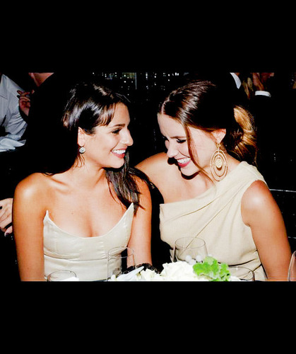 Lea & Sophia
