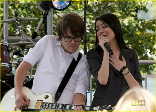 Miranda Cosgrove wallpaper probably with a concert, a guitarist, and a drummer entitled Miranda Cosgrove: Worldwide Day of Play Pretty