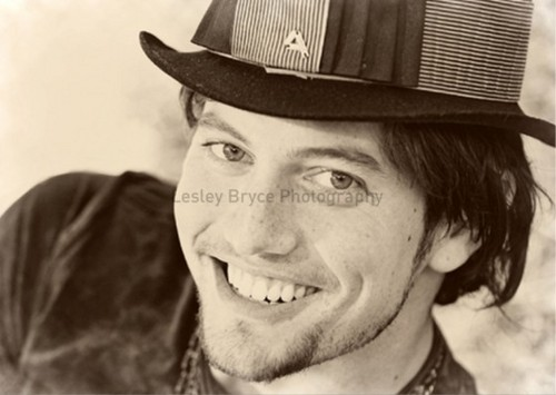 More Outtakes Of Jackson Rathbone From Troix Magazine!