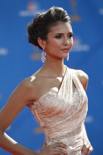 Elena Gilbert wallpaper with a dinner dress called Nina Dobvrev