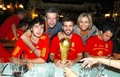 Pique with his parents and Cesc