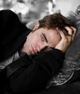 Robert Pattinson > Photoshoots > Shinning Magazine