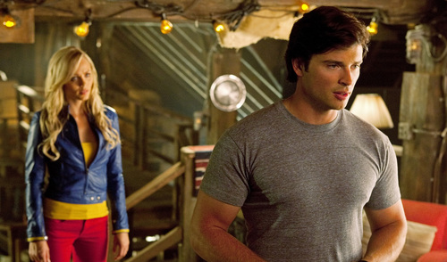 Smallville - Episode 10.03 - Supergirl - Promotional mga litrato (HQ and Unwatermarked) Copied