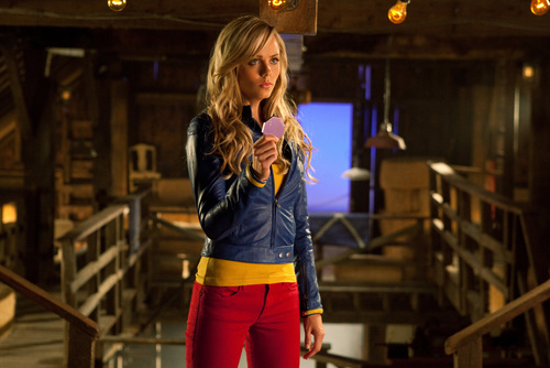 Smallville - Episode 10.03 - Supergirl - Promotional foto-foto (HQ and Unwatermarked) Copied