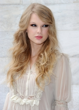 Taylor rapide, swift at Roberto Cavalli fashion montrer :)