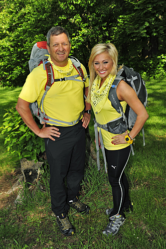 The Amazing Race wallpaper entitled The Amazing Race 17 - Gary and Mallory