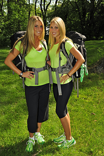 The Amazing Race wolpeyper entitled The Amazing Race 17 - Katie and Rachel