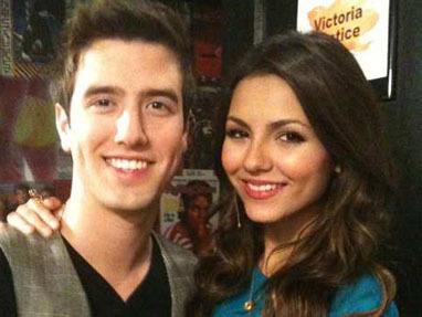 Vicky & BTR's Logan!;)