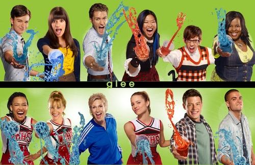 gLee Season 2 Promo Wallpaper wallpaper possibly containing a kimono, a muumuu, and a headshot in The Glee Club