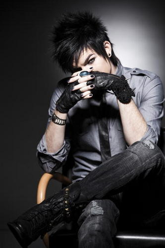 hotty glambert!!!