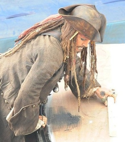 johnny depp-pirates of the caribbean4 set