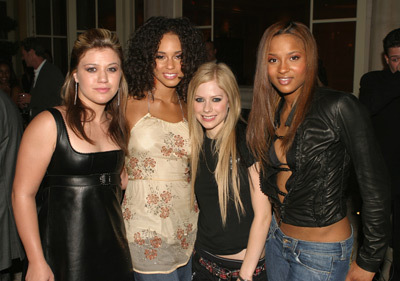 kelly and avril lavigne
