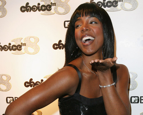 Kelly Rowland wallpaper probably containing a portrait called kelly