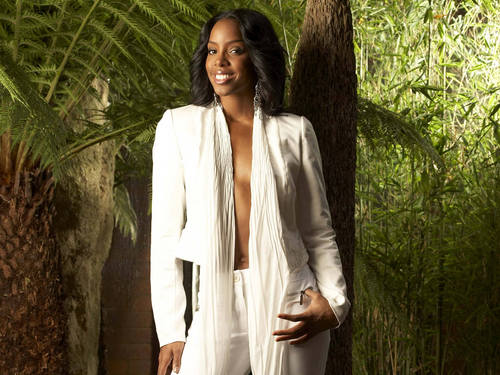 Kelly Rowland wallpaper probably containing a bathrobe entitled kelly