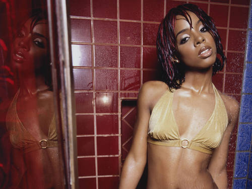 Kelly Rowland wallpaper possibly containing a bikini entitled kelly