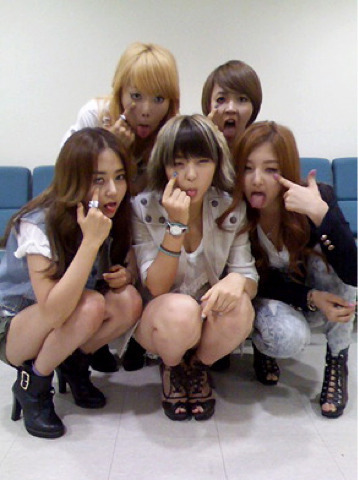 4Minute shows their bizarre side