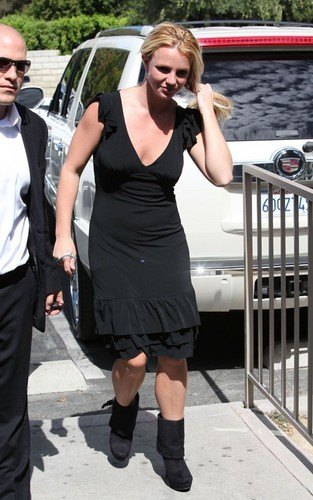 Britney out in Enrico