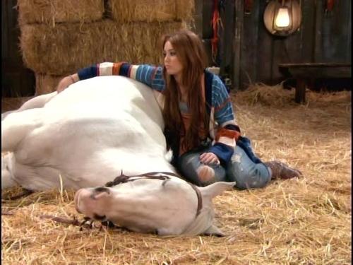 Hannah Montana pag-ibig that let go