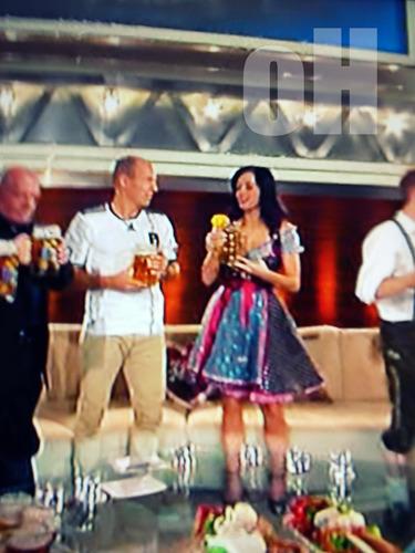 Katy in a DIRNDL
