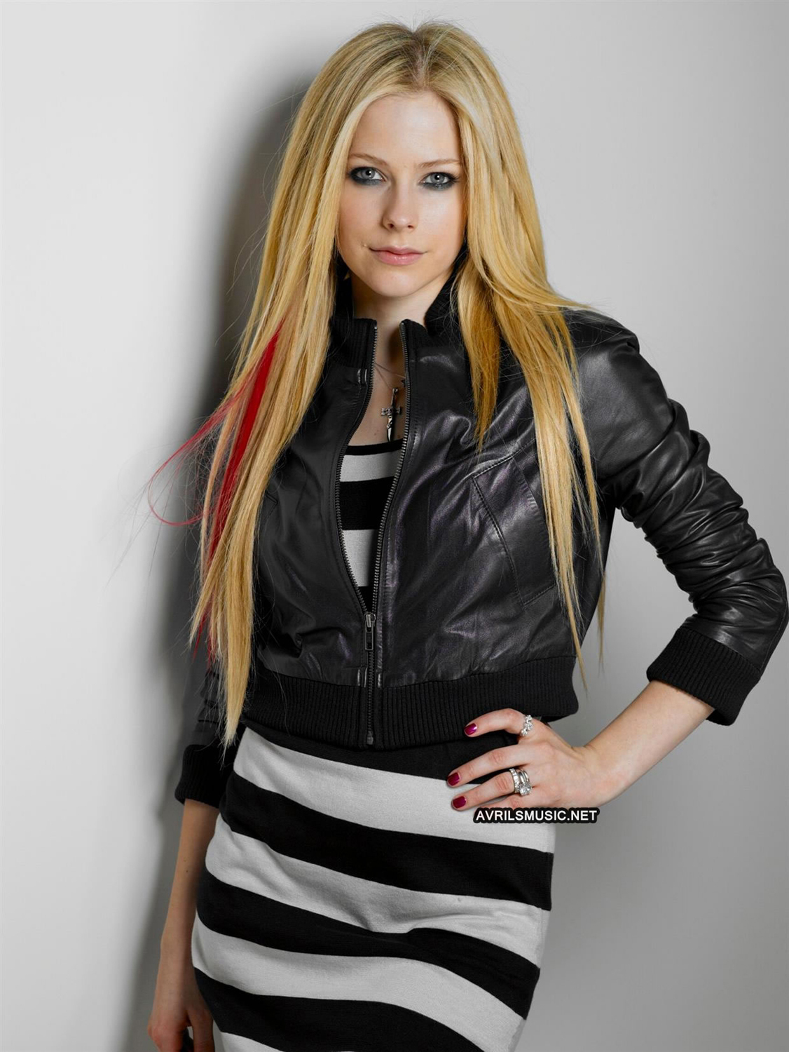 Lucky Magazine Outtakes 2008 - avril-lavigne photo