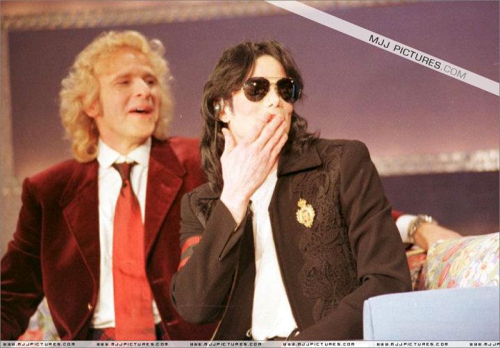 MJ I need tu now.