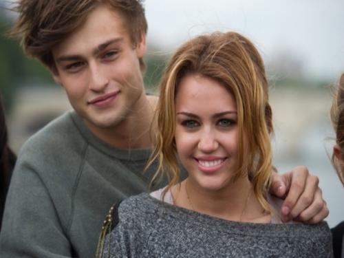 Miley and Douglas wallpaper