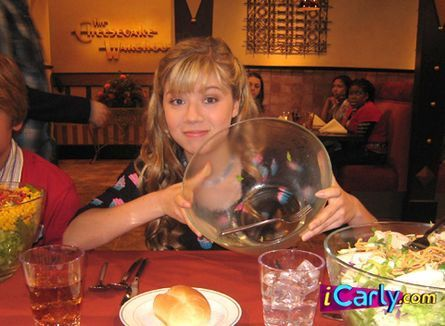 Sam after eating her whole salade