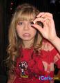 Sam holding her tooth - samantha-puckett photo