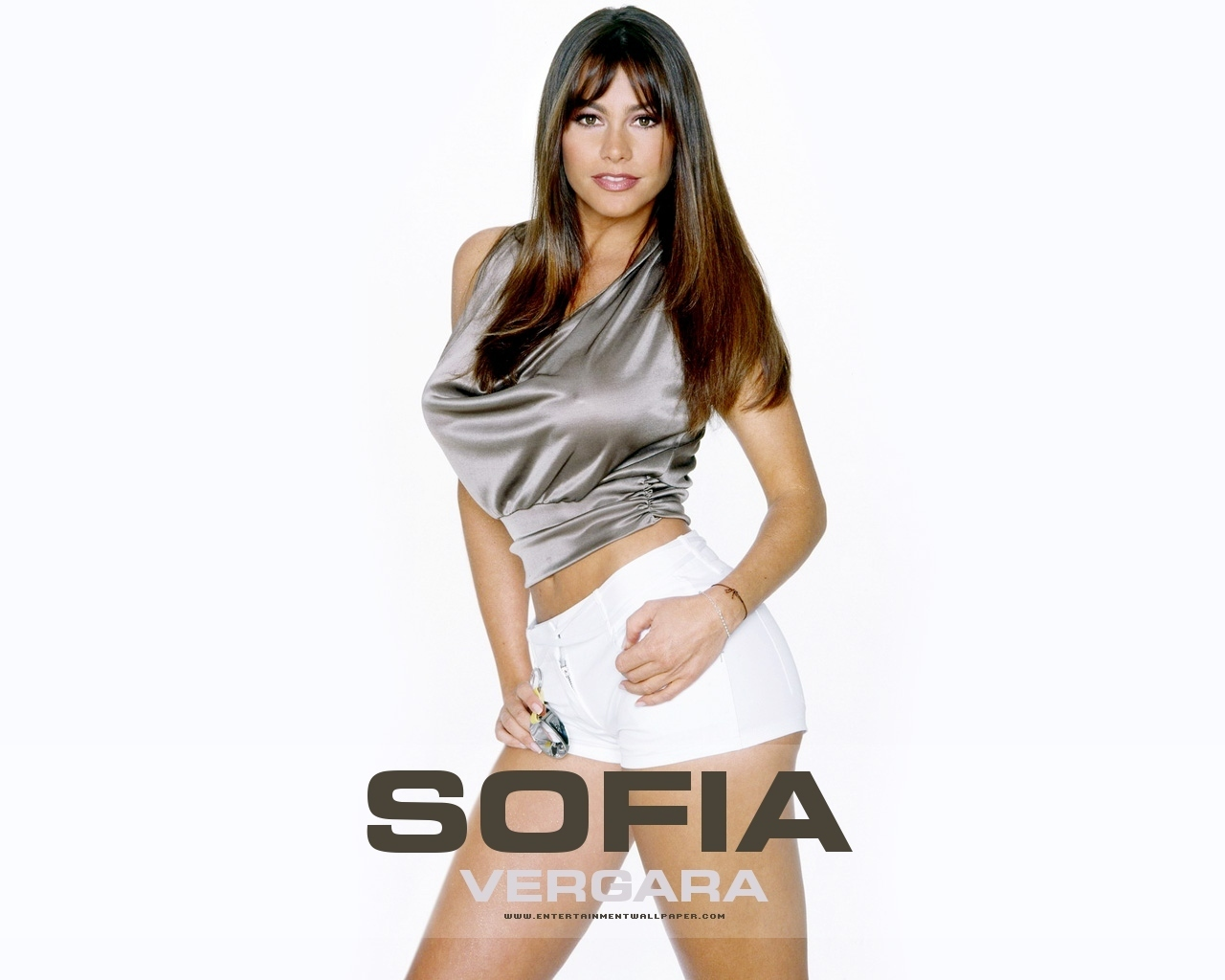 Sofia wallpaper modern family wallpaper 15999292 fanpop for Modern family wallpaper