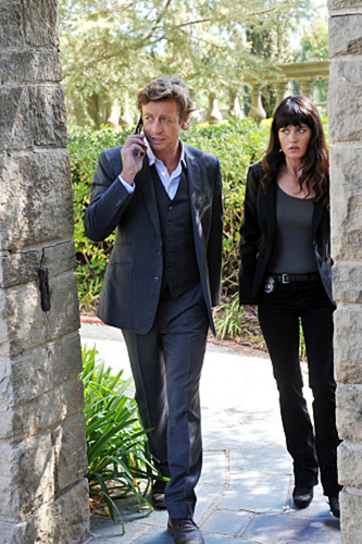 The Mentalist 3.06 - màu hồng, hồng Chanel Suite - Promo Pictures