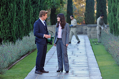 The Mentalist 3.06 - roze Chanel Suite - Promo Pictures
