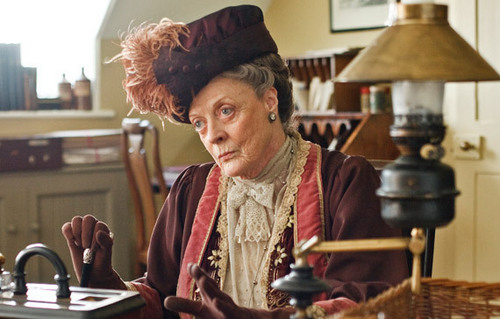 Violet, Dowager Countess of Grantham - downton-abbey Photo