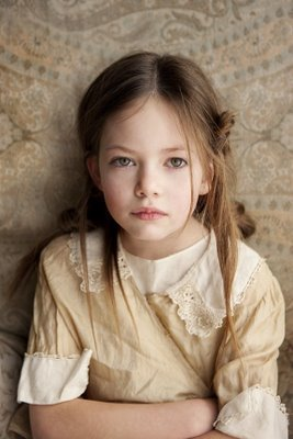 Breaking Dawn The Movie wallpaper probably with a portrait titled girl with current interest, Mackenzie Foy
