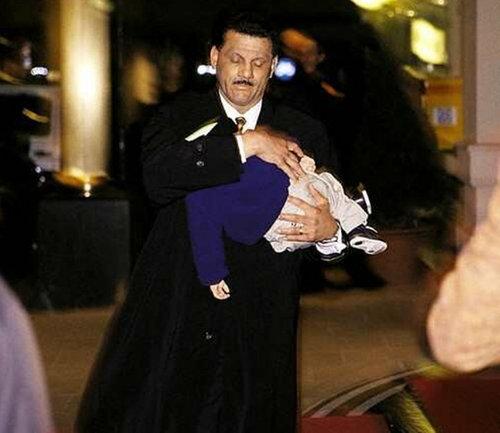 rare pics 4 prince and paris in 1998