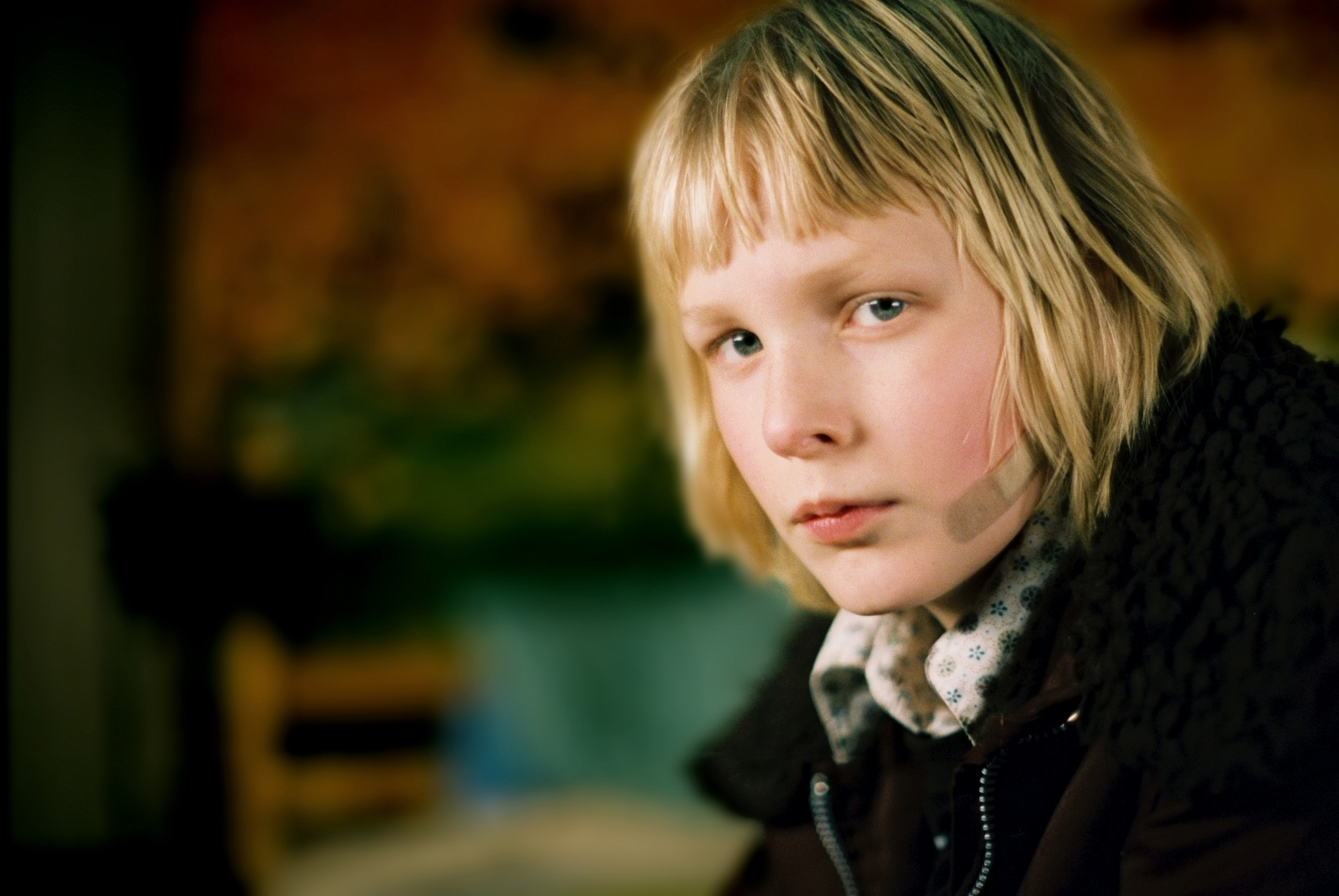 'Let The Right One In' Promotional Still ~ Oskar - Let the ...