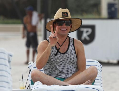 Adam Lambert on the spiaggia