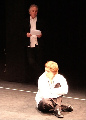 Alan in theatre :*