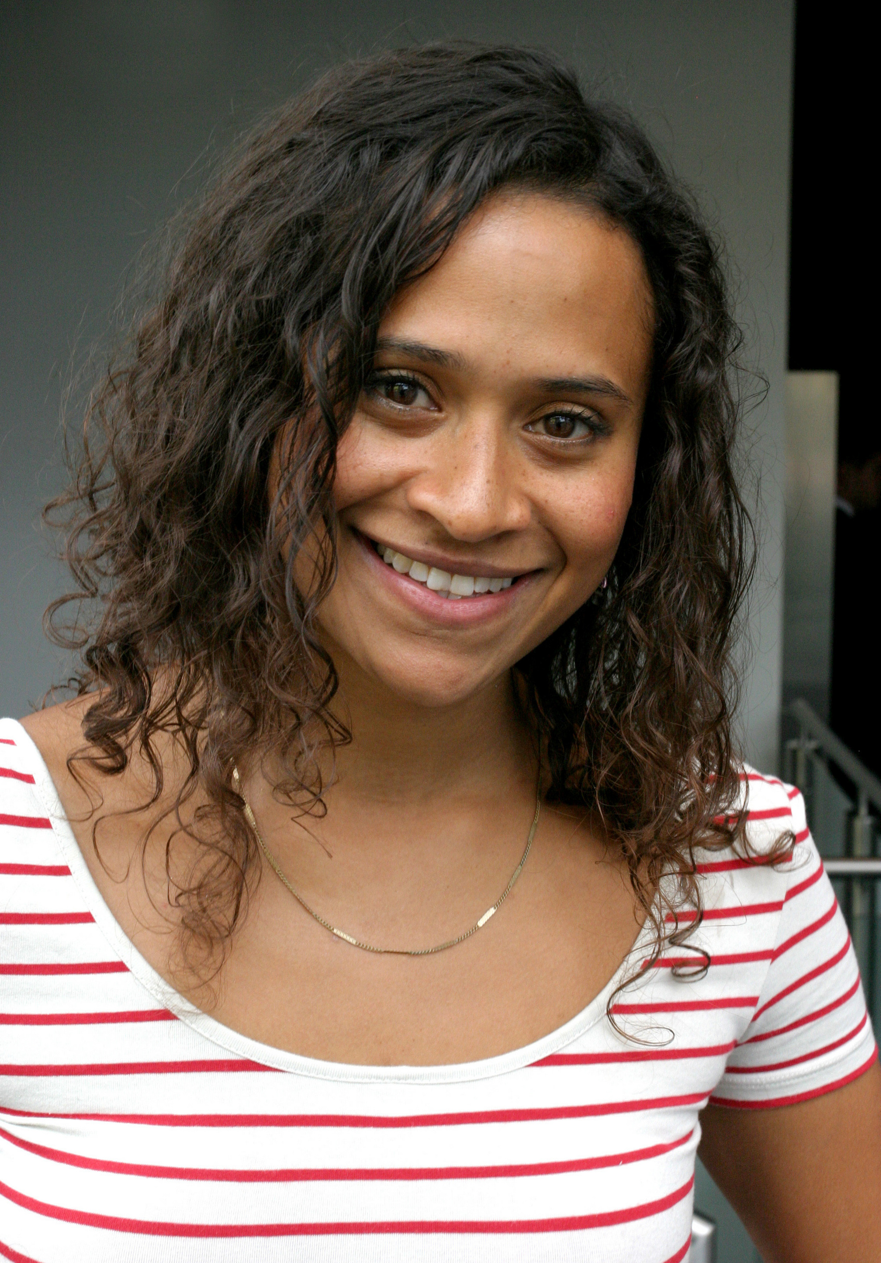 angel-coulby-merlin